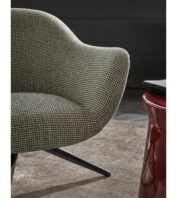 Mad Chair Poliform Armstuhl