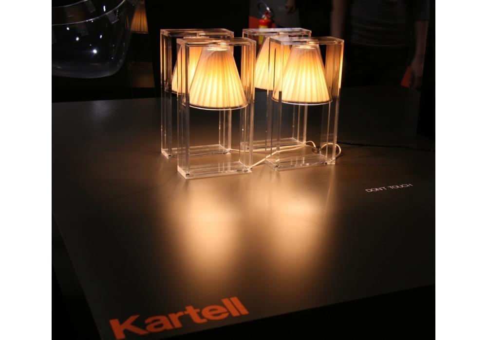 light air lampe de table kartell milia shop. Black Bedroom Furniture Sets. Home Design Ideas