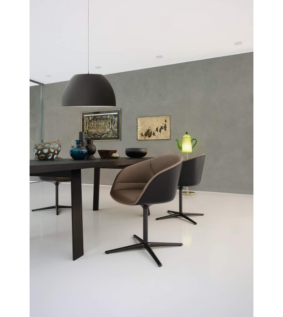 Kyo Walter Knoll Chair
