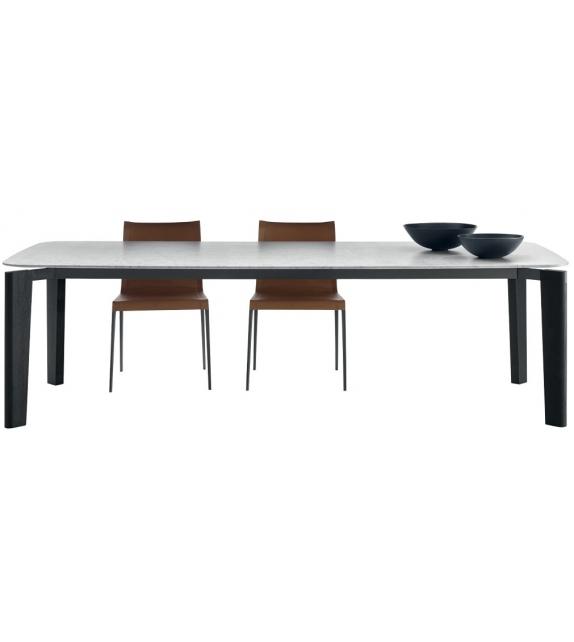 Oskar B&B Italia Table