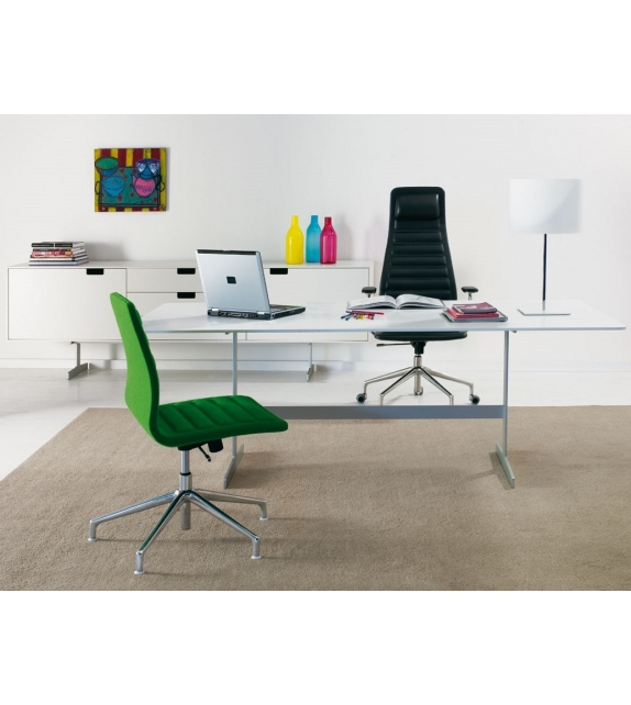 Lotus (Low) Chair With 5-Spoke Cappellini
