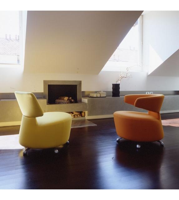 k06 canta sessel cassina milia shop. Black Bedroom Furniture Sets. Home Design Ideas