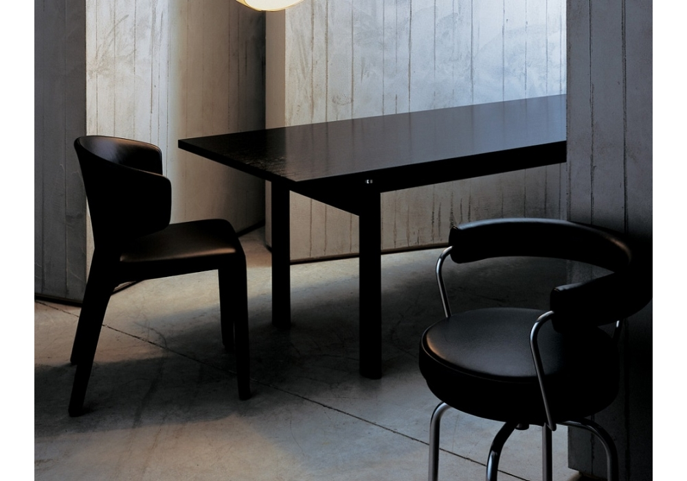 LC6 Table Cassina