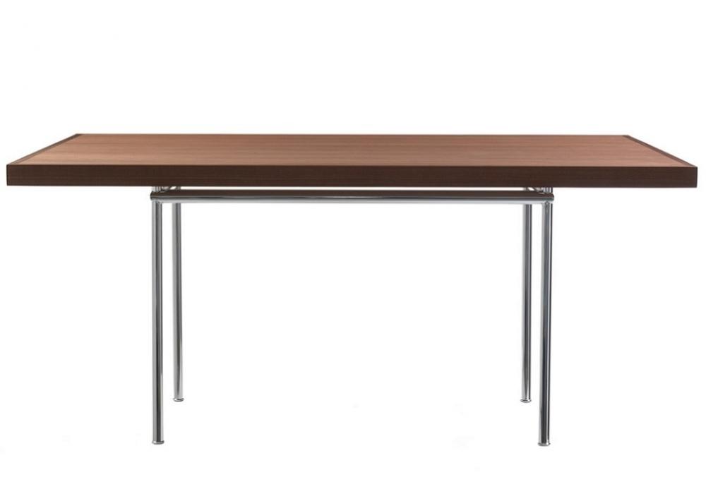 lc12 table en noyer cassina milia shop. Black Bedroom Furniture Sets. Home Design Ideas