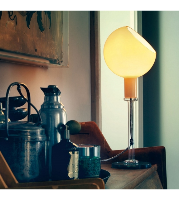parola lampe de table fontana arte milia shop. Black Bedroom Furniture Sets. Home Design Ideas