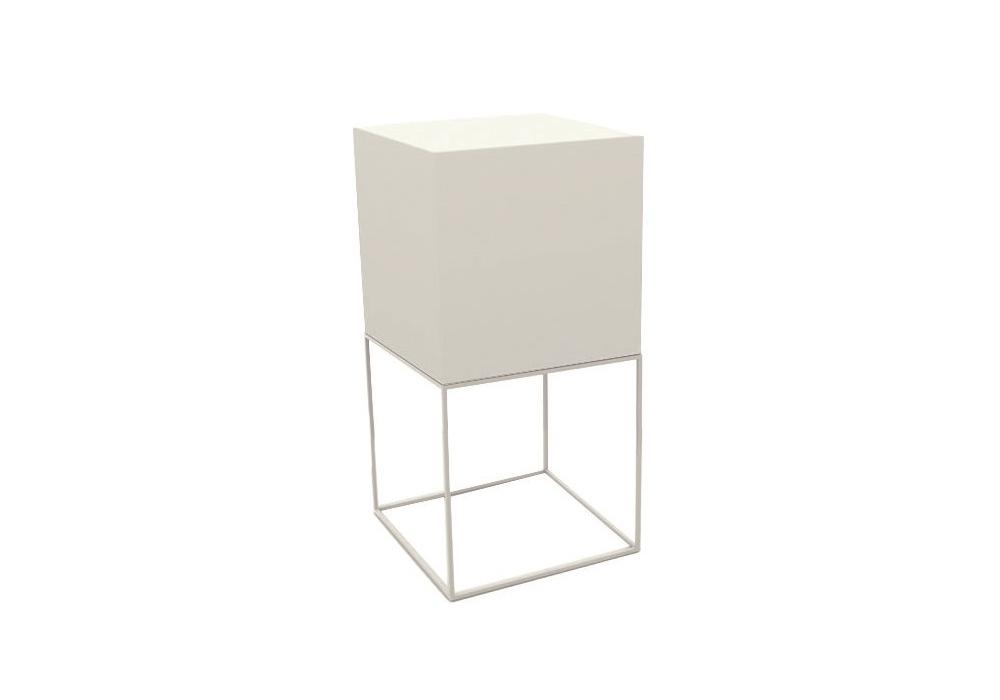 Vela lampe cube vondom milia shop for Luminaire exterieur cube