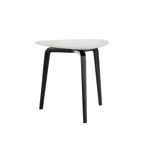 Poltrona Frau Fiorile coffee table