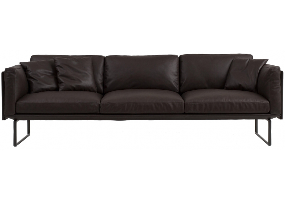 202 8 three seater sofa cassina milia shop. Black Bedroom Furniture Sets. Home Design Ideas