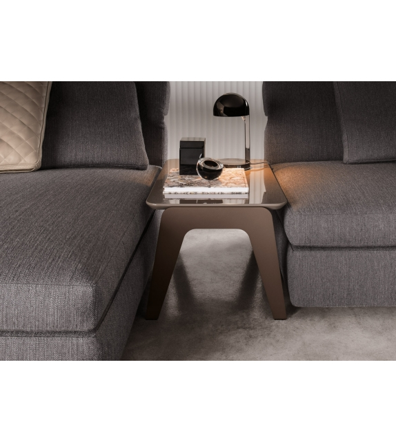 kirk metal couchtisch minotti milia shop. Black Bedroom Furniture Sets. Home Design Ideas