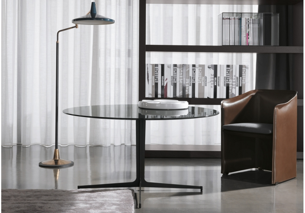 clyfford tisch minotti milia shop. Black Bedroom Furniture Sets. Home Design Ideas