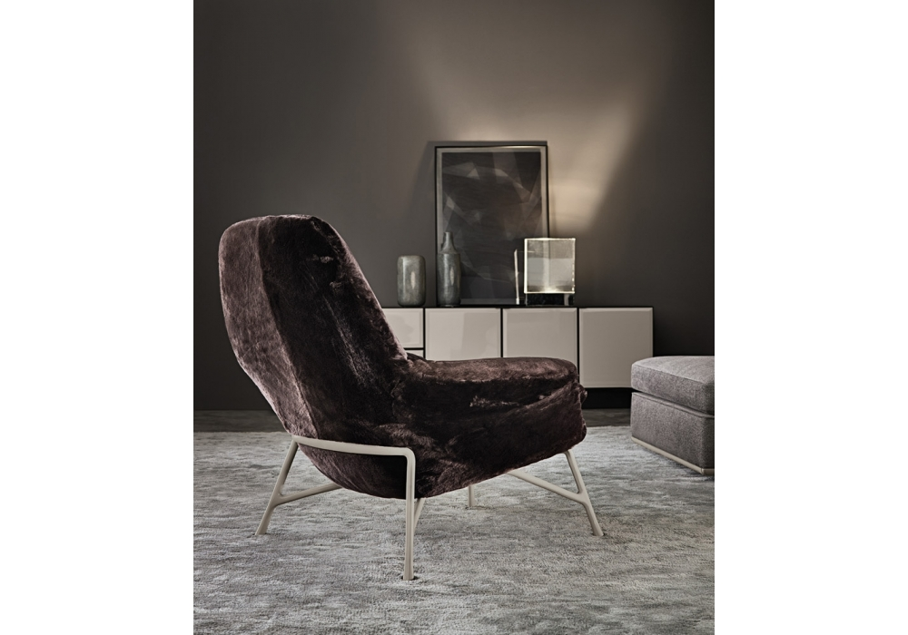 prince shearling sessel minotti milia shop. Black Bedroom Furniture Sets. Home Design Ideas