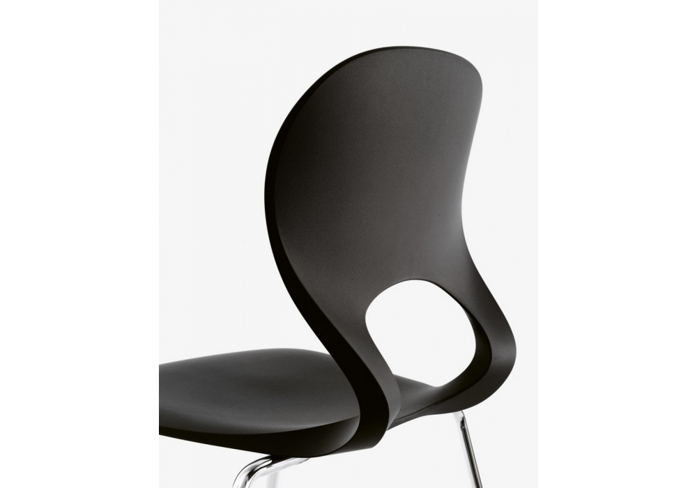 pikaia chaise 4 pieds kristalia milia shop. Black Bedroom Furniture Sets. Home Design Ideas