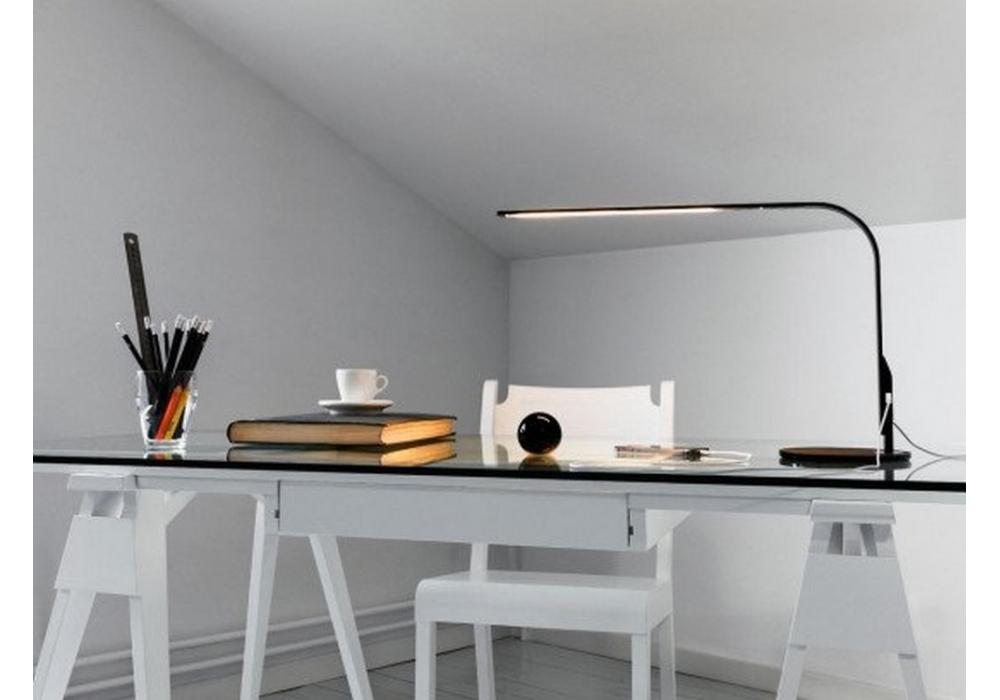 Arco scrivania design house stockholm milia shop for Scrivania design