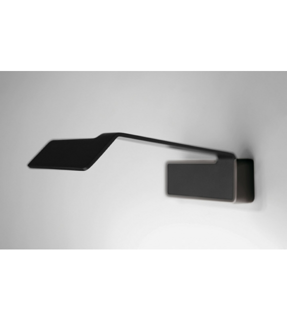 Vibia: Alpha Picture Light