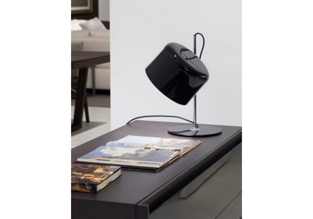coup table lampe oluce milia shop. Black Bedroom Furniture Sets. Home Design Ideas