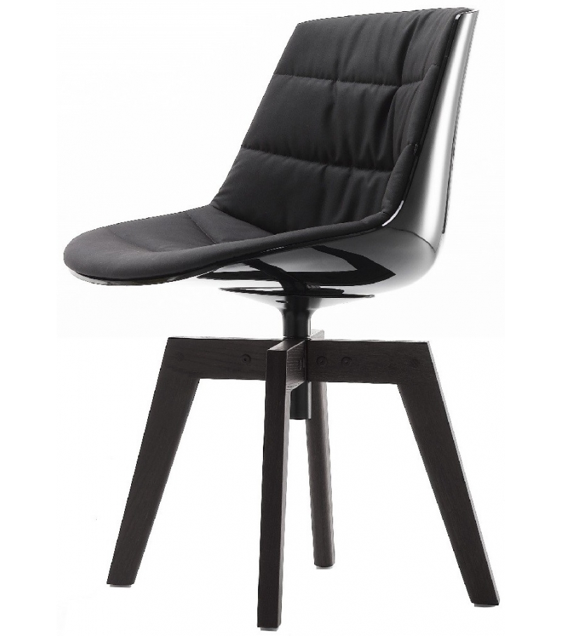 flow chair padded with 4 legged oak mdf italia milia shop. Black Bedroom Furniture Sets. Home Design Ideas