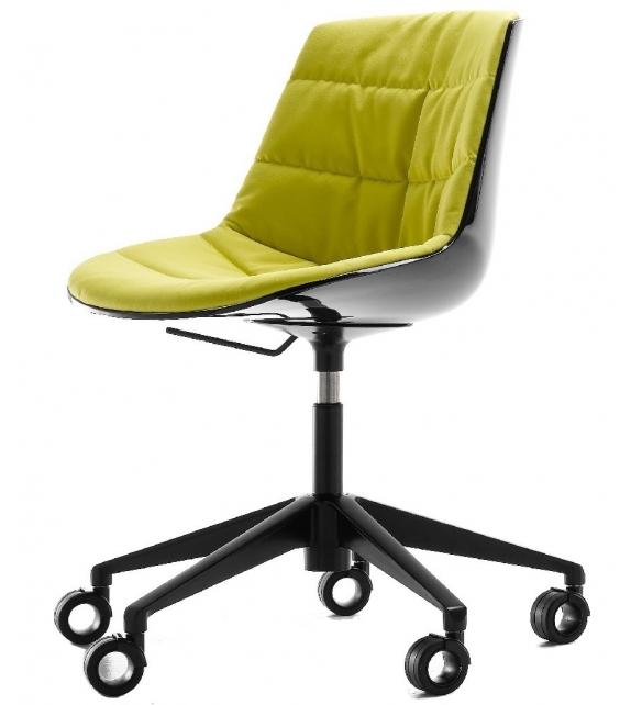 Flow Chair Chaise Rembourrée 5 Branches Avec Roulettes MDF Italia