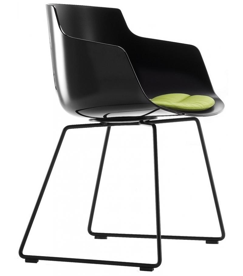flow slim fauteuil avec traineau mdf italia milia shop. Black Bedroom Furniture Sets. Home Design Ideas