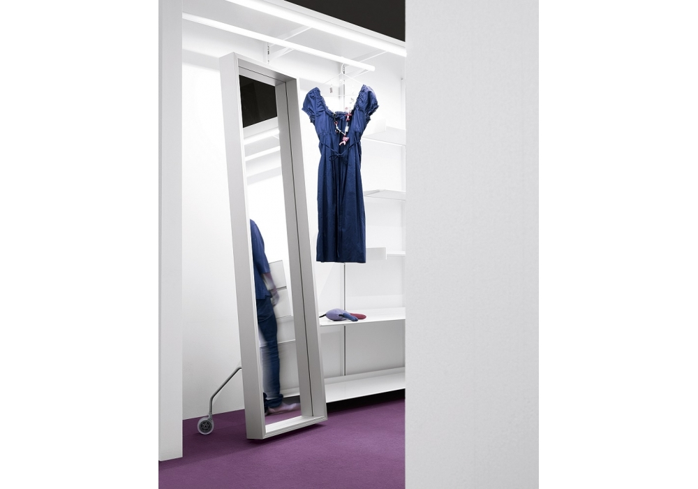 Extra large mirror on wheels kristalia milia shop for Extra large mirrors