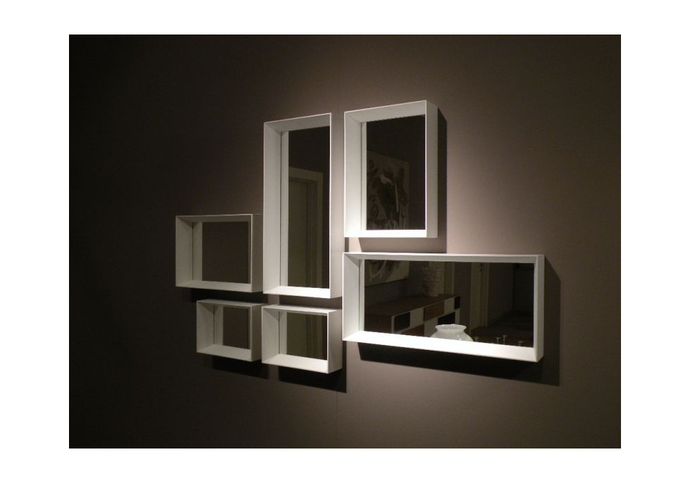 Cadres avec miroir molteni c milia shop for Miroir avec cadre miroir