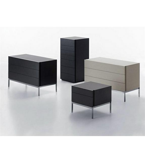 606 table de chevet base en m tal molteni c milia shop - Table de chevet en metal ...