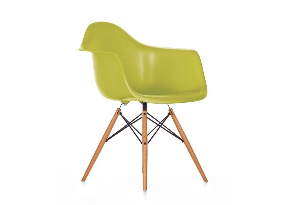 eames plastic armchair daw poltroncina milia shop. Black Bedroom Furniture Sets. Home Design Ideas