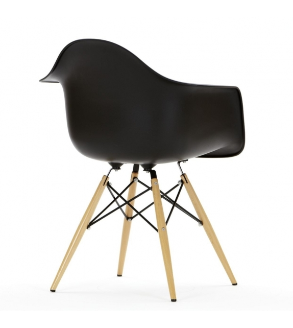 eames plastic armchair daw fauteuil milia shop. Black Bedroom Furniture Sets. Home Design Ideas