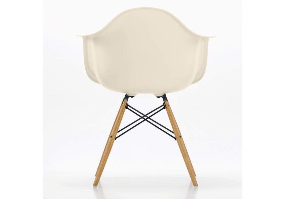 eames plastic armchair daw milia shop. Black Bedroom Furniture Sets. Home Design Ideas
