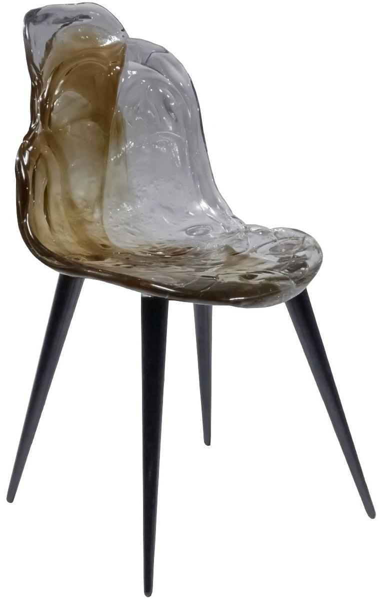 Chaise en bois noir nice chaise haute eames 5 eames gt for Chaise scandinave montreal