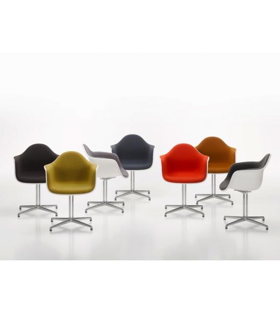 Eames Plastic Armchair DAL Poltrona Imbottita Vitra