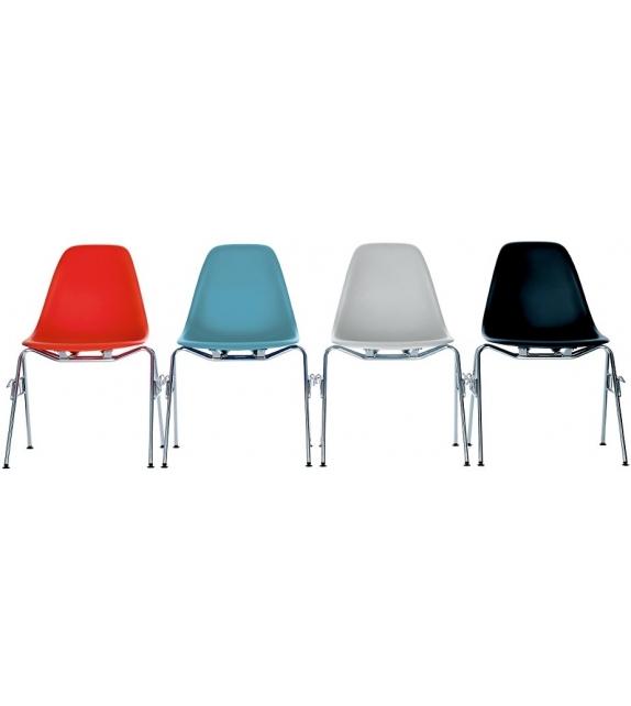 Eames Plastic Side Chair DSS Vitra