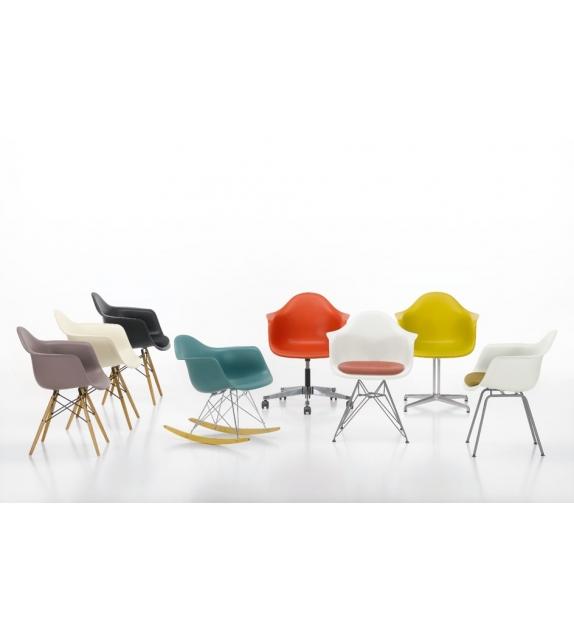 Eames Plastic Armchair Daw imb.