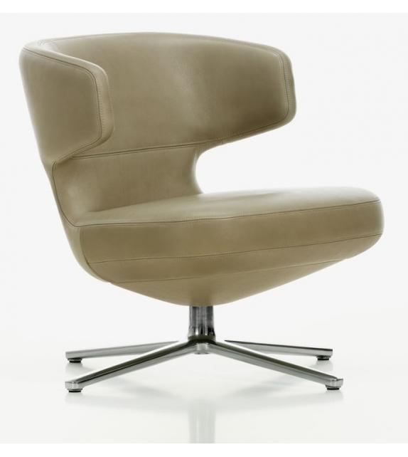 Petit repos low lounge chair vitra milia shop for Chaise longue a petit prix