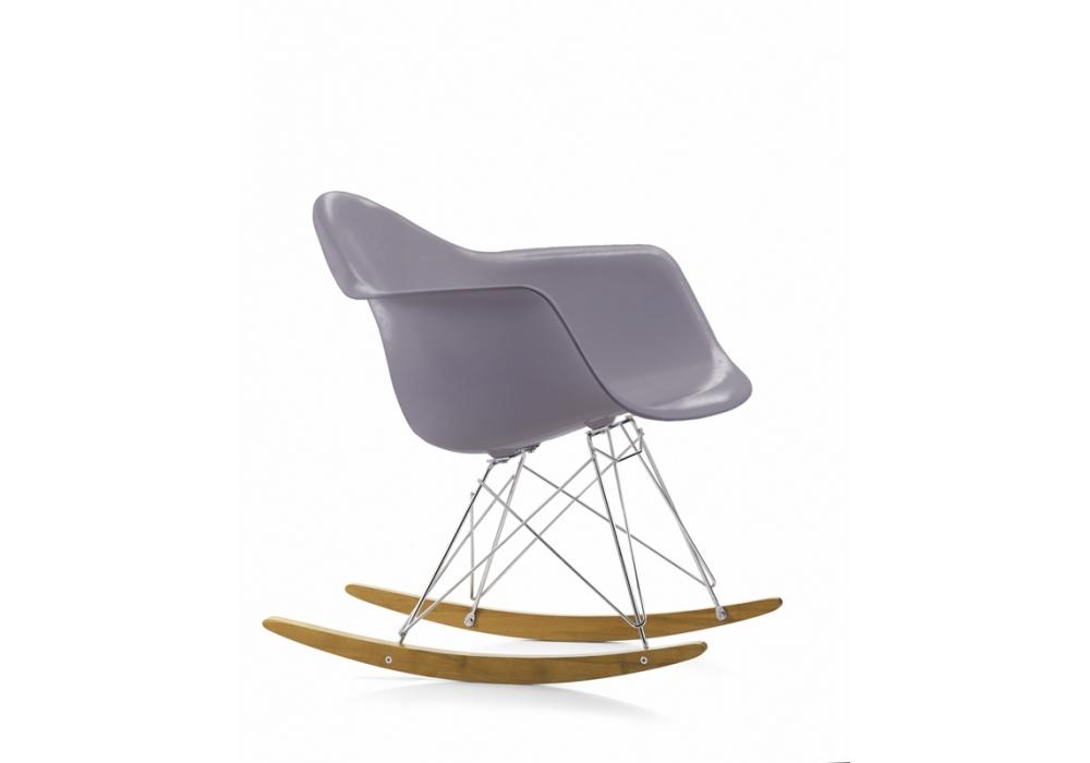 Vitra Sedia A Dondolo Eames Plastic Armchair Rar : Eames plastic armchair rar poltroncina milia shop