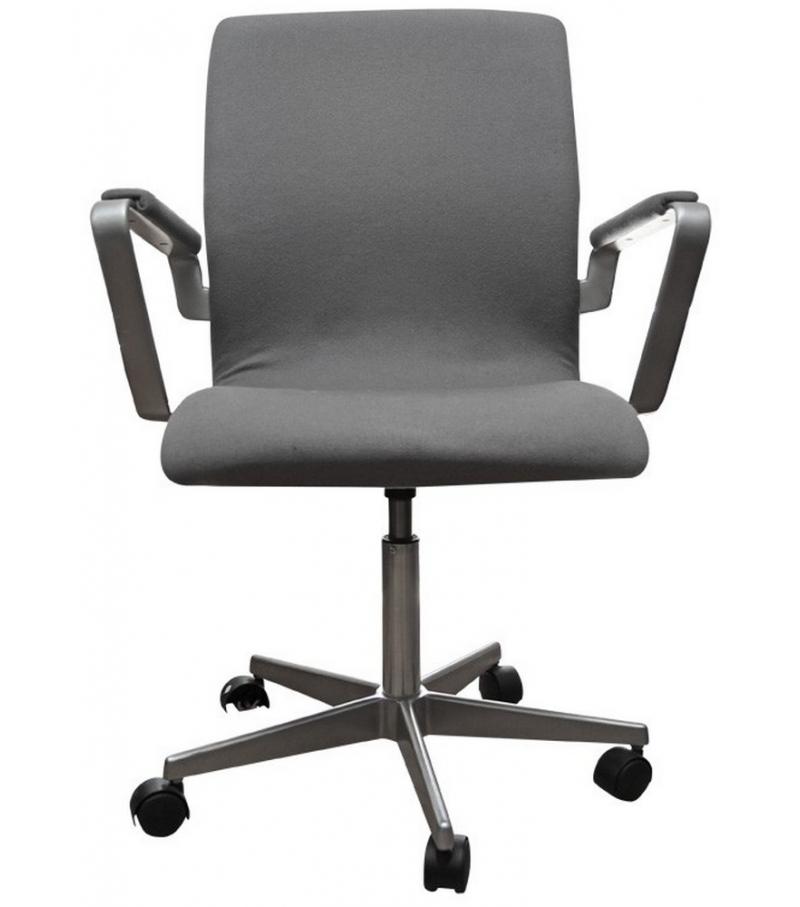 oxford low back armchair with castors fritz hansen milia. Black Bedroom Furniture Sets. Home Design Ideas