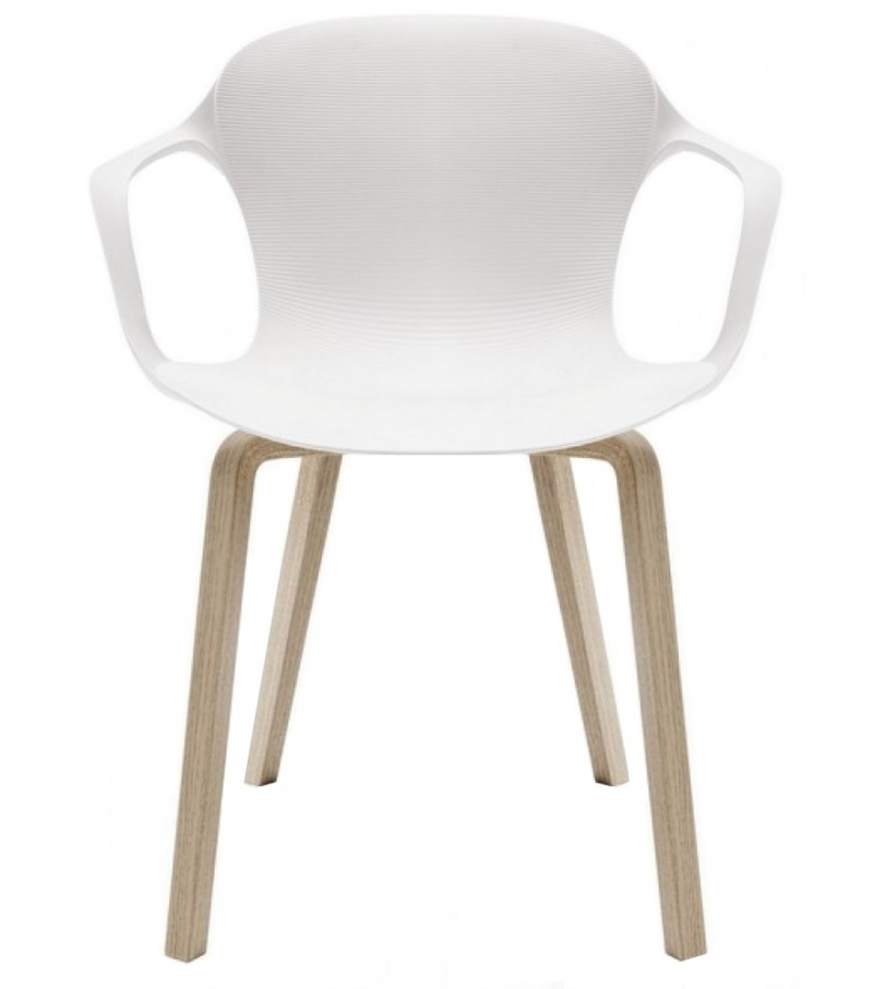 nap holzbeine sessel fritz hansen milia shop. Black Bedroom Furniture Sets. Home Design Ideas