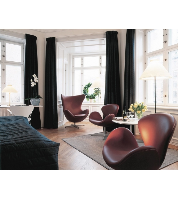 Astounding Swan Lounge Chair Fritz Hansen Milia Shop Ocoug Best Dining Table And Chair Ideas Images Ocougorg