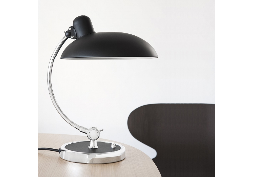 kaiser idell luxus lampe de table fritz hansen milia shop. Black Bedroom Furniture Sets. Home Design Ideas