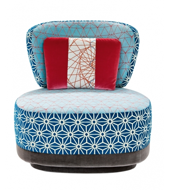 Juju armchair