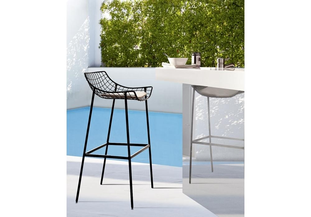 summer set tabouret avec coussin assise varaschin milia shop. Black Bedroom Furniture Sets. Home Design Ideas