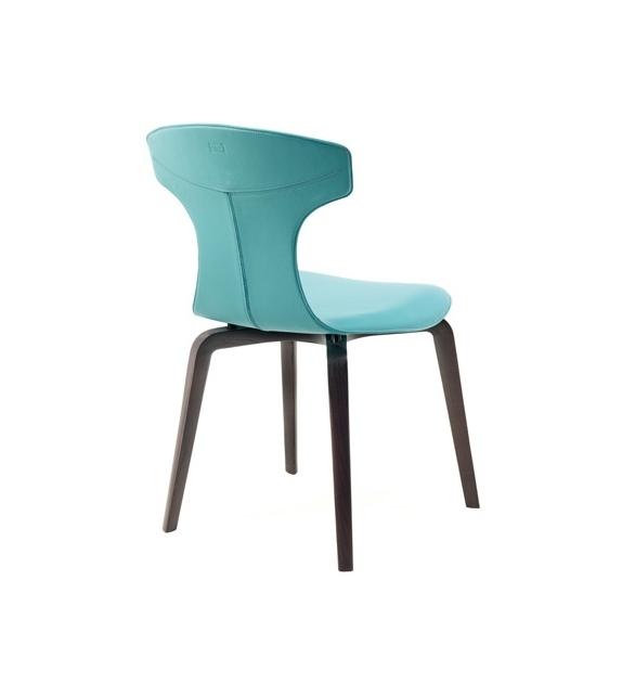 Montera  Poltrona Frau Monocolour Chair