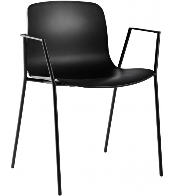 About a Chair AAC 18 Silla Hay