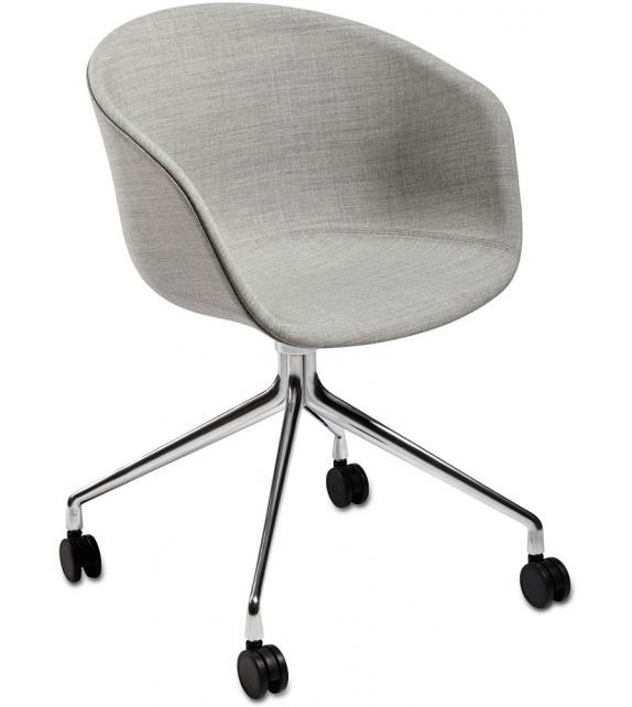 About a Chair AAC 25 Hay Butaca Giratoria