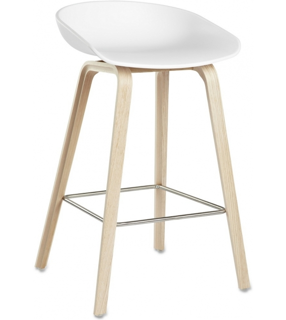 Hay: About a Stool AAS 32 Sgabello