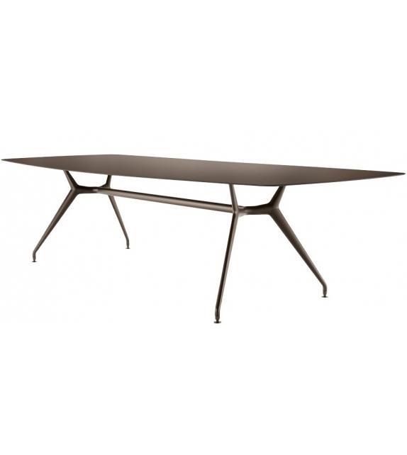 Rimadesio Manta Table