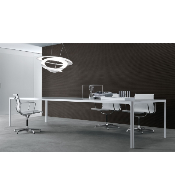 Rimadesio Flat Table