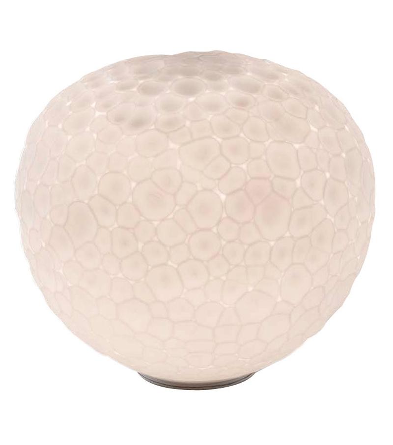 Meteorite l mpara de mesa artemide milia shop for Artemide lamparas de mesa