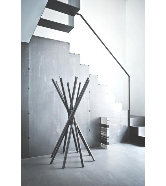 300 sciangai zanotta appendiabiti milia shop. Black Bedroom Furniture Sets. Home Design Ideas
