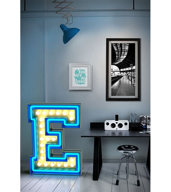 Graphic Collection ‐ Letter E Lampe DelightFULL