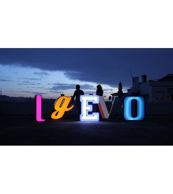 Graphic Collection ‐ Letter E Lampada DelightFULL